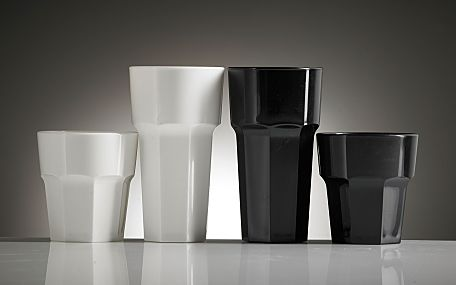 Elite black white tumbler group opt