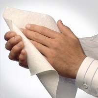 hands-drying-w-paper-towel_opt